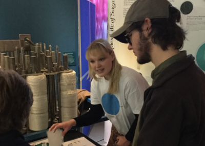 flitschlab_pictures-emma-mellor-demonstrating-the-glycan-building-stall-to-mosi-visitors-24-28-10-2016